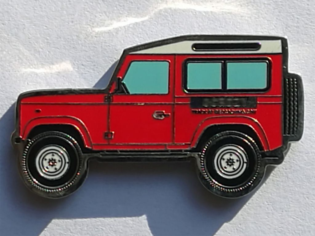 Land Rover Defender 90 Geocoin red-1.jpg