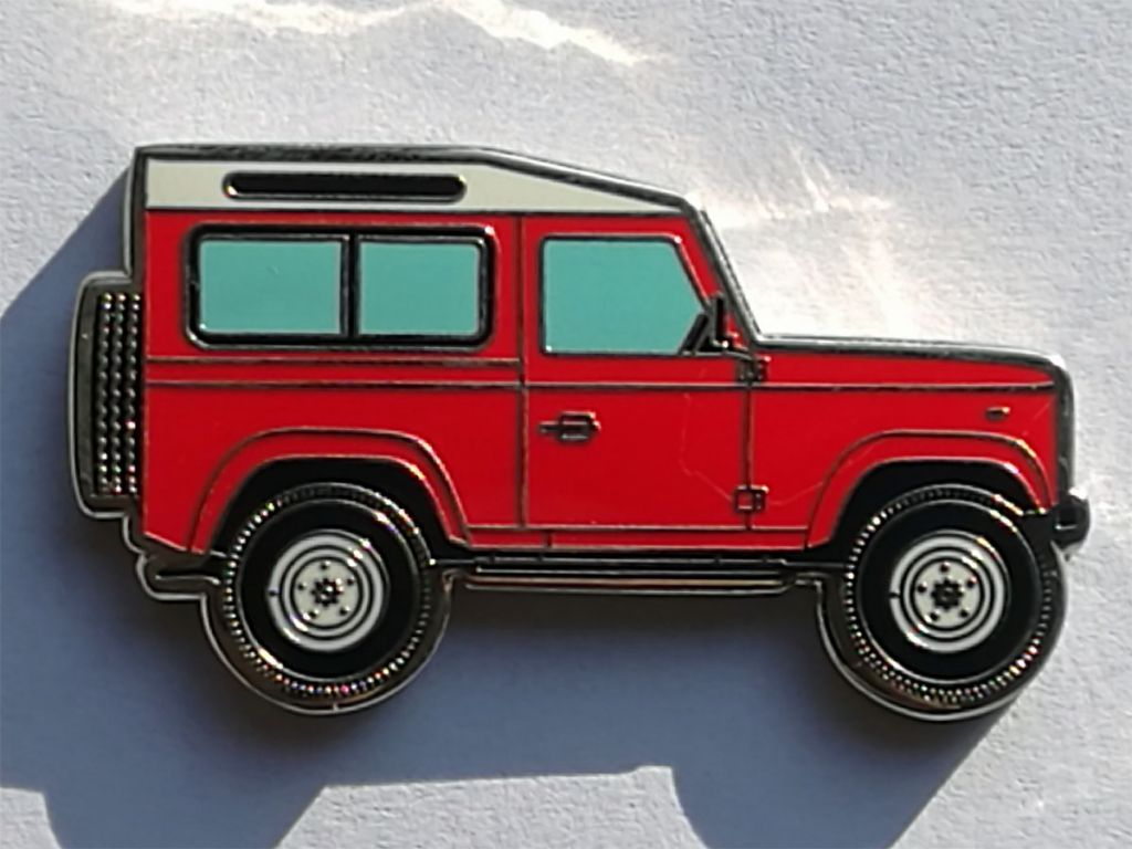 Land Rover Defender 90 Geocoin red-2.jpg